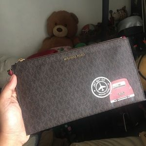 MK wristlet Jet set clutch wallet